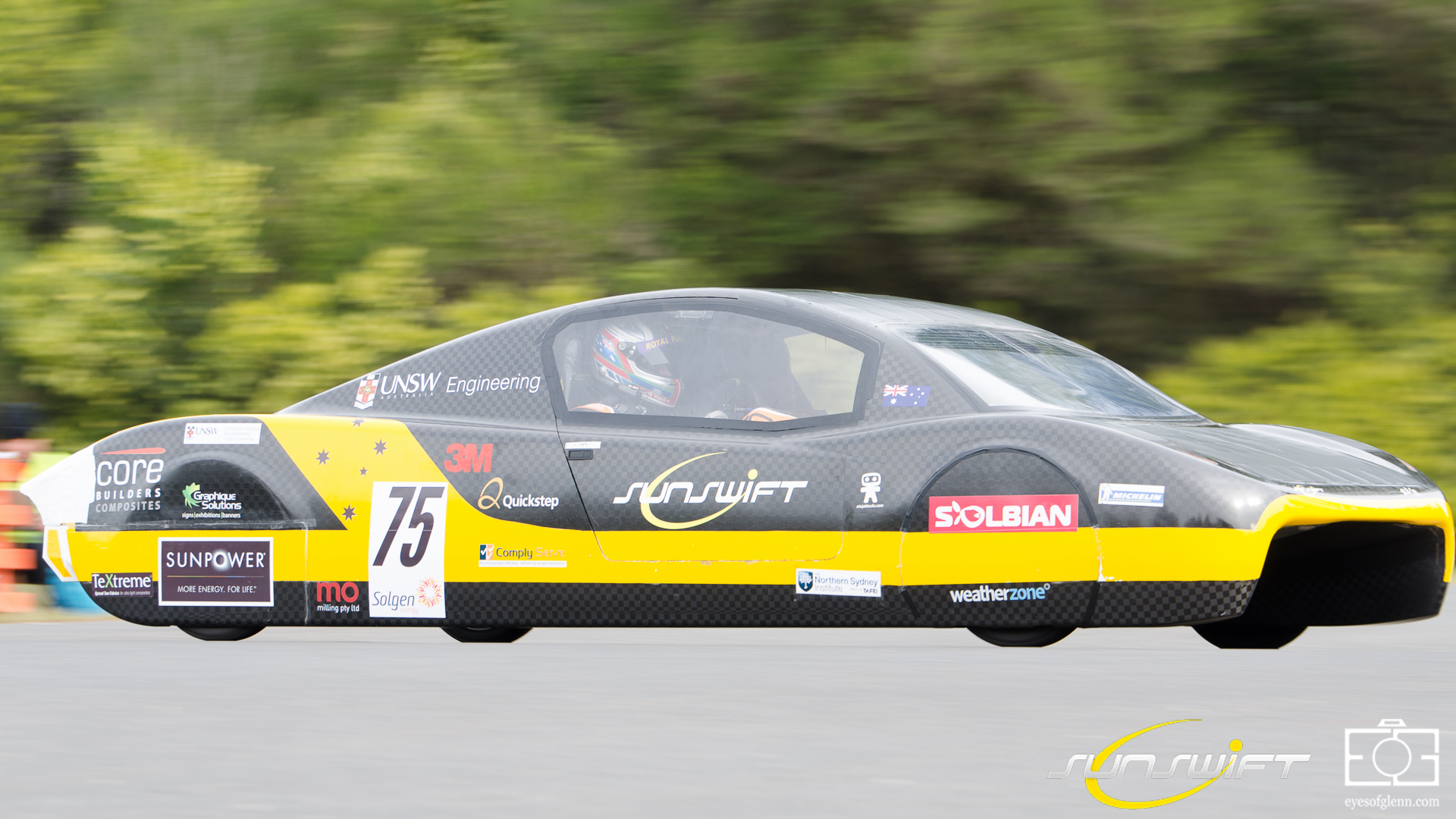 Sunswift Breaking the World Land Speed Record for an Electric Vehicle in 500km at a speed of 107km/h